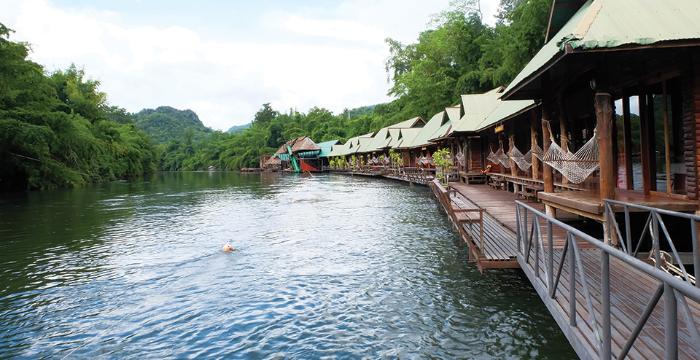 หนีร้อนไปนอนแพริมน้ำ ที่ จ.กาญจนบุรี 2 วัน 1 คืน