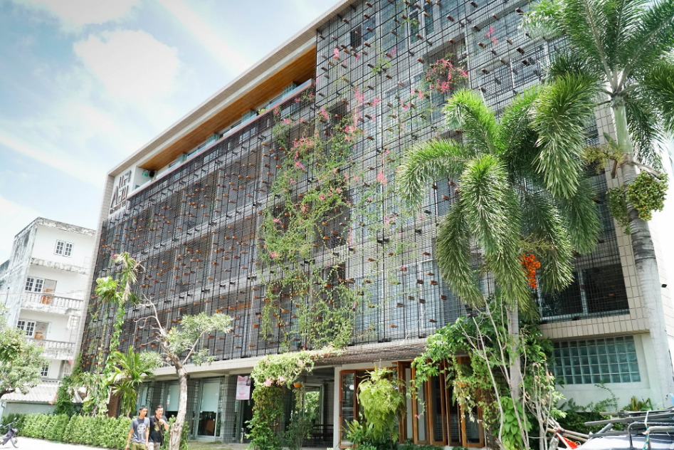 Stay in the Centre of Nakhon Si Thammarat at These Modernly Designed Hotels