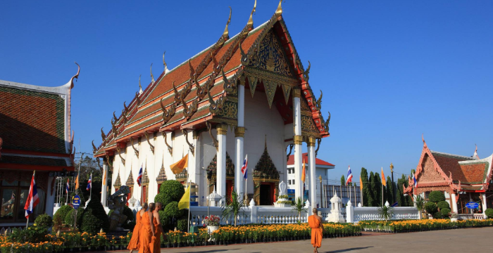 10 THINGS TO DO IN PHICHIT